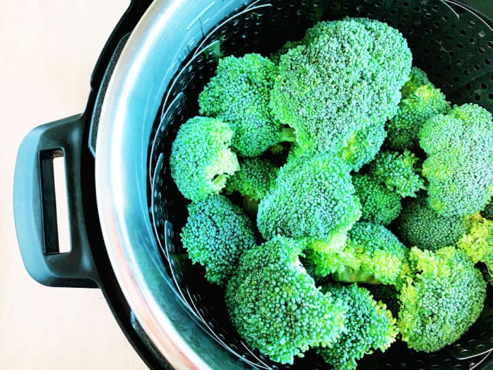 Instant Pot Steam Broccoli