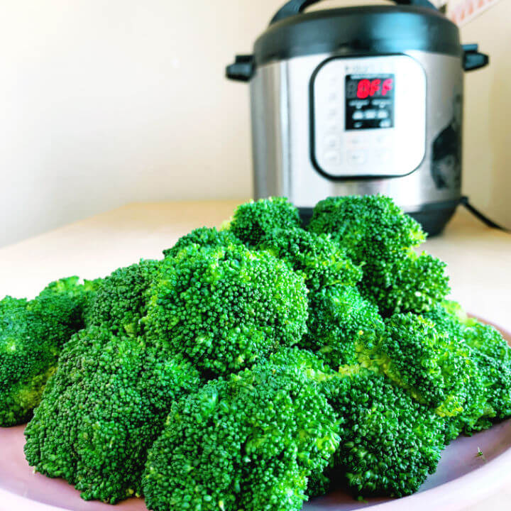 Instant Pot Steamed Broccoli Recipe